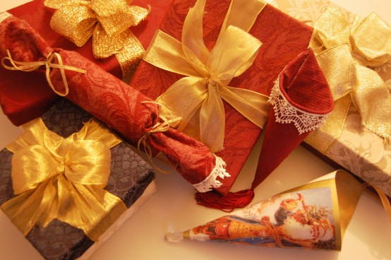 HOLIDAY GIFT BOXES #1
